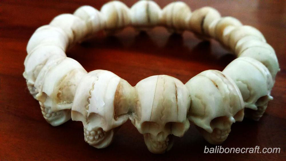 skull-bangle-full